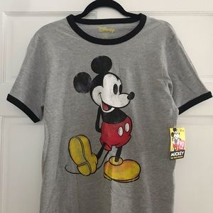 NWT Disney Classic Mickey Mouse T-Shirt